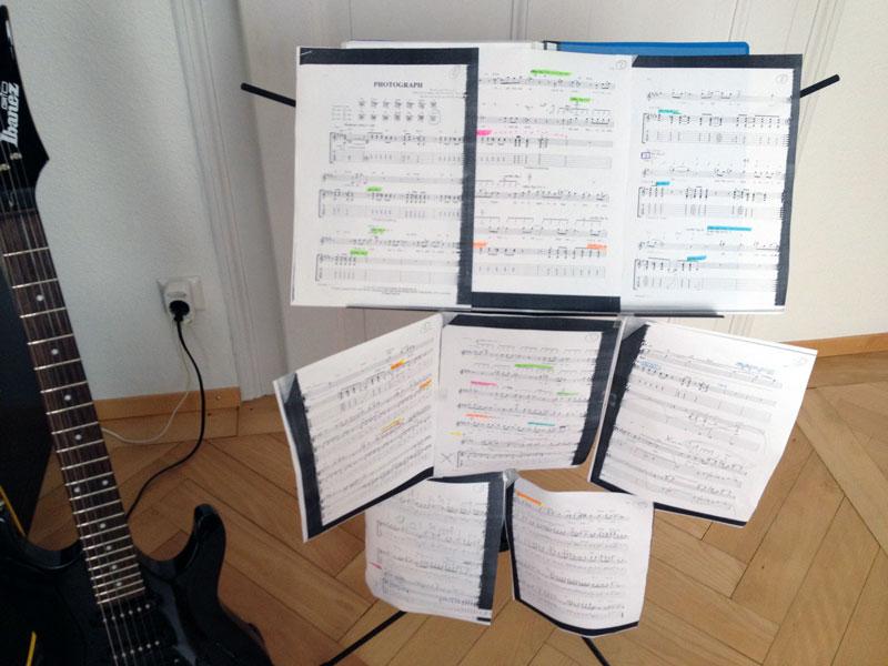 Passender Notenständer für Gitarristen?