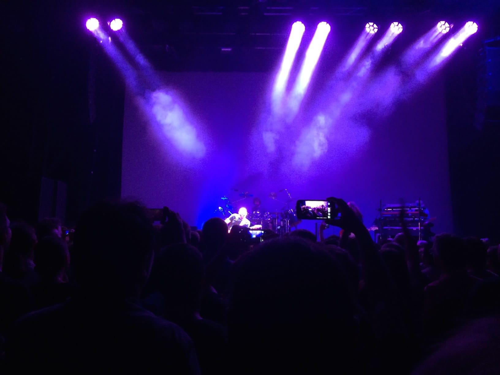 Joe Satriani rockt Karlsruhe